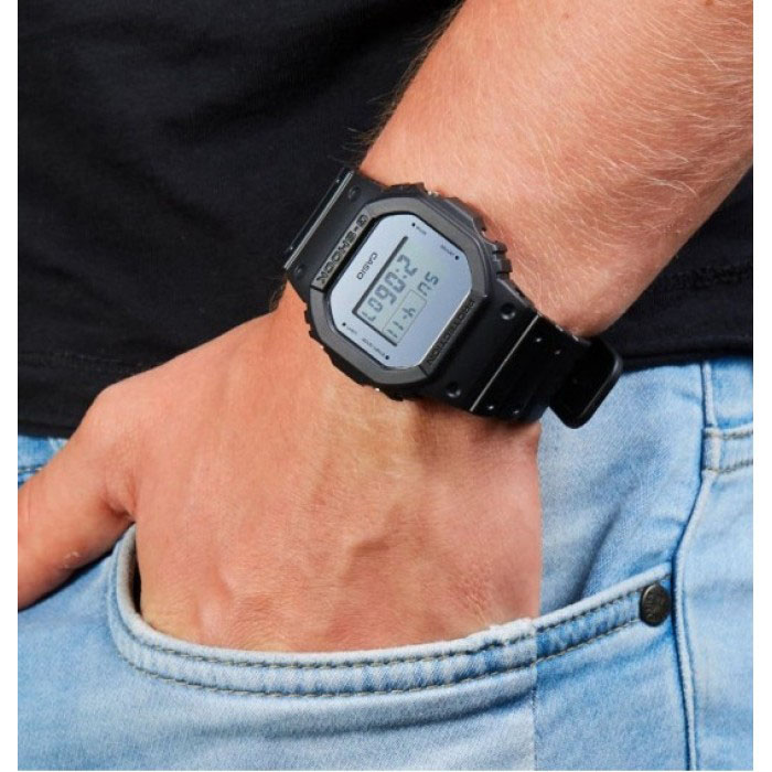 کد تخفیف                                      ساعت مچی دیجیتال مردانه کاسیو کد DW-5600BBMA-1DR