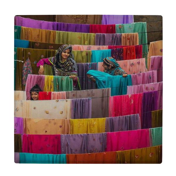 کاشی کارنیلا طرح زنان هندی و لباس های رنگی کد wk4597