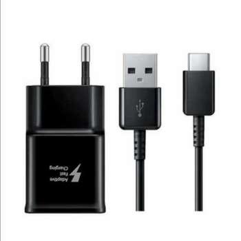 شارژر دیواری سامسونگ مدل S 10 به همراه کابل تبدیل USB-C