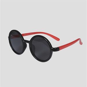 عینک آفتابی بچگانه کد S8232P