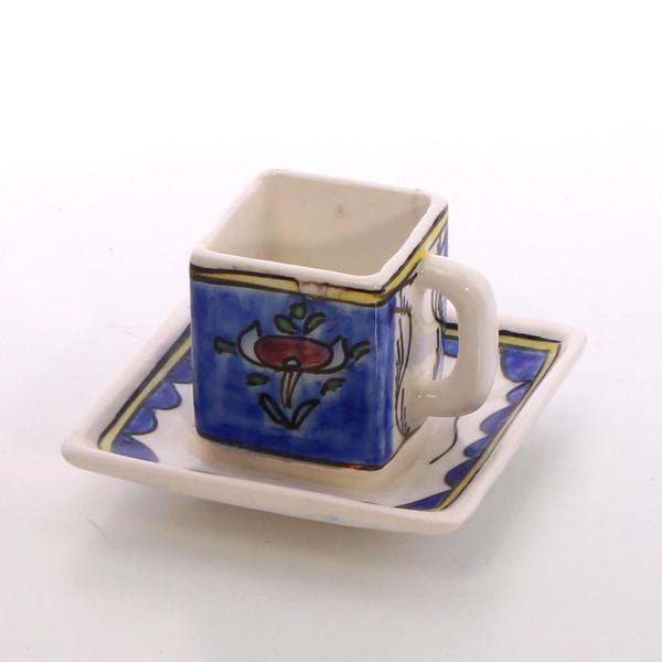 فنجان و نعلبکی سفالی نقاشی زیر لعابی آبی طرح گل مدل 1007800014