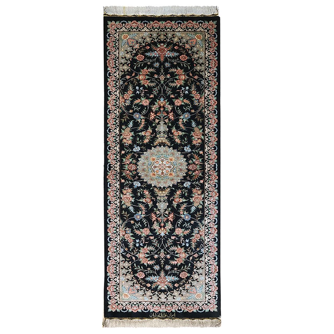 فرش دستبافت یک متری طرح ترنجی کد YMM.23