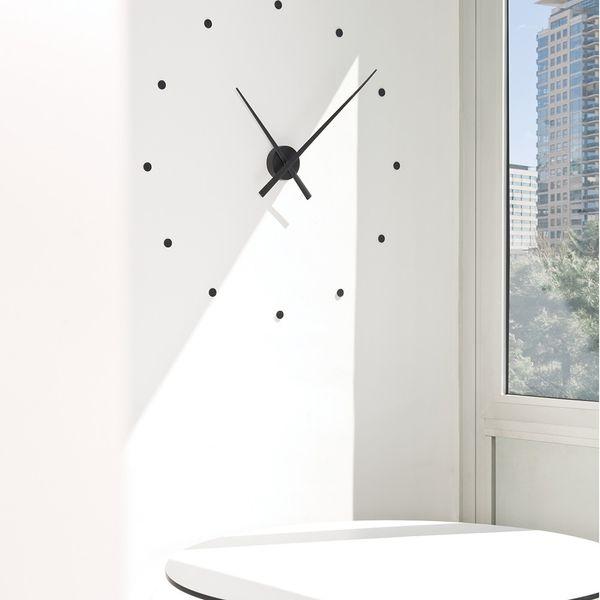 ساعت دیواری اِلِنسی مدل Dot