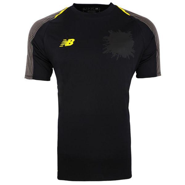 تی شرت ورزشي پسرانه نیو بالانس مدل JT830379BFG