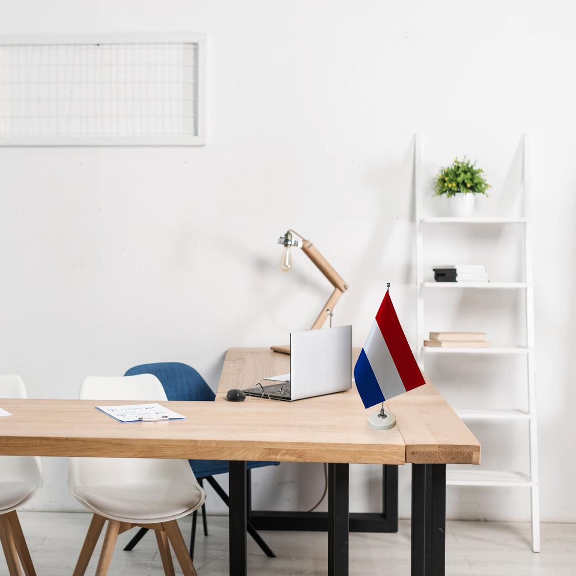 خرید                      پرچم رومیزی طرح پرچم کشور هلند کد pr52