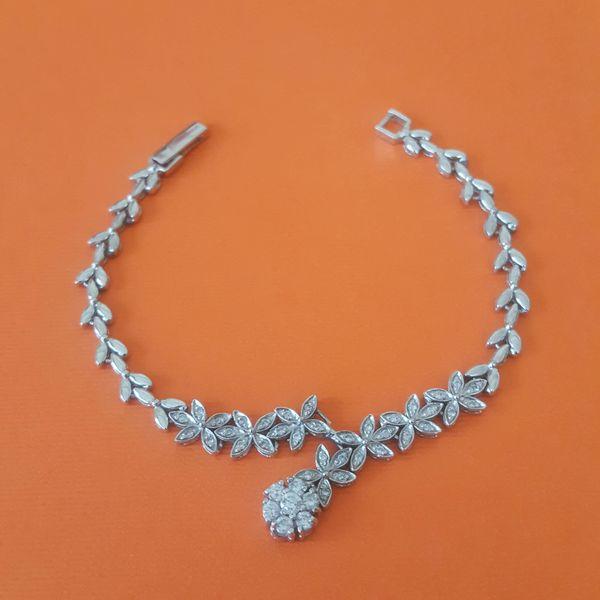 دستبند نقره زنانه مدل AMT_D027