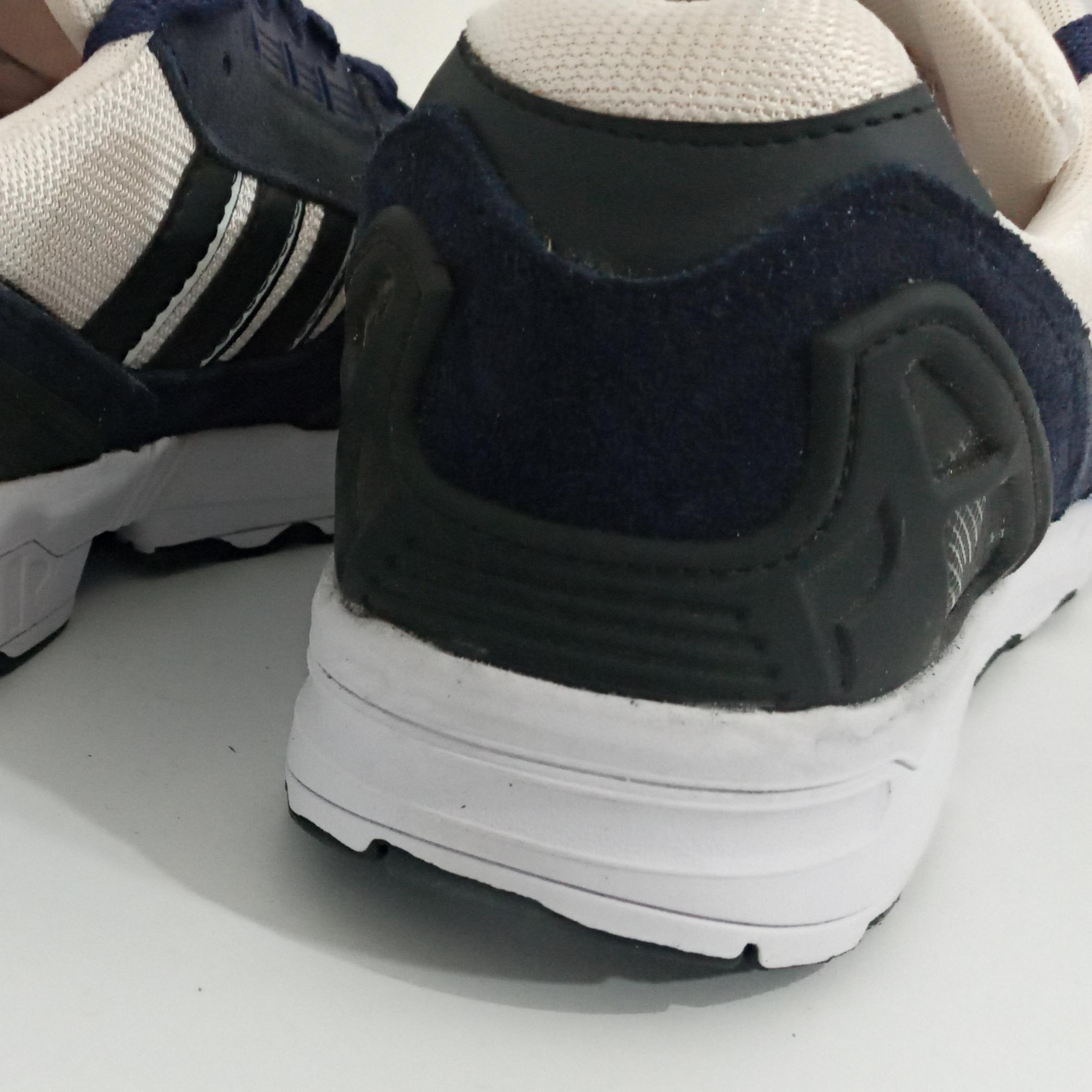 خرید                                      کفش راحتی مدل zx8000                     غیر اصل