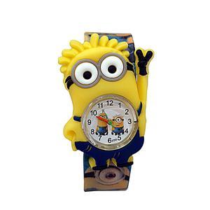 ساعت مچی عقربه ای بچگانه مدل مینیون کد 02