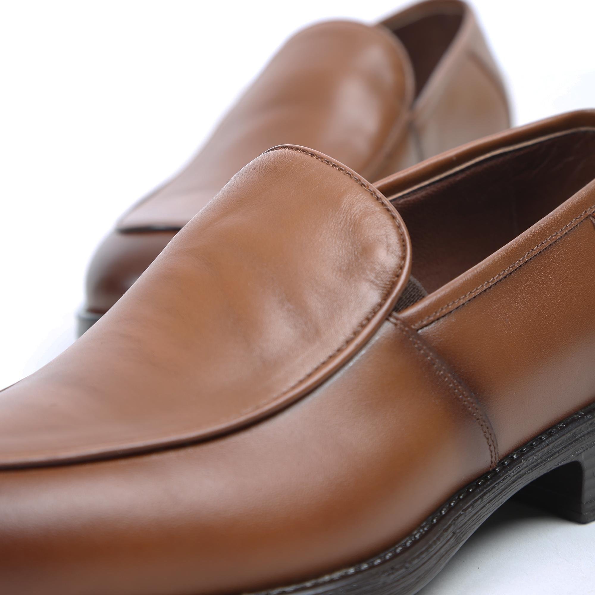خرید                                     کفش مردانهمدل J.W7050