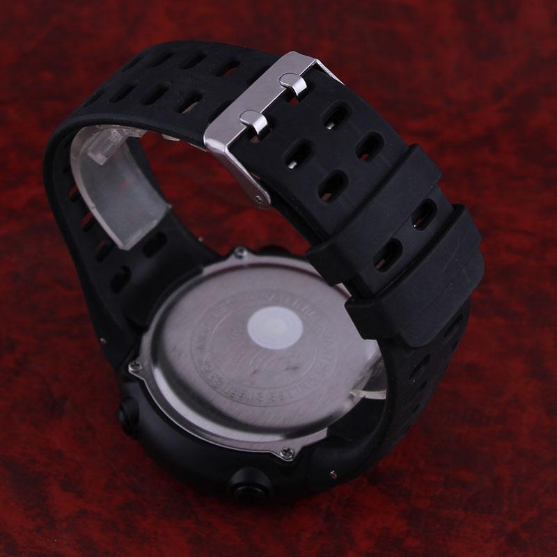 ساعت مچی دیجیتال مردانه مدل ZH 3382 -ME-GHR                     غیر اصل