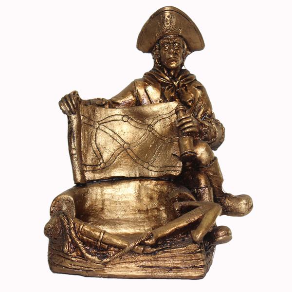 مجسمه طرحجا کارتی دزد دریایی کد 106