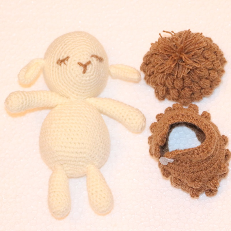 خرید                      عروسک بافتنی طرح گوسفند کد 18