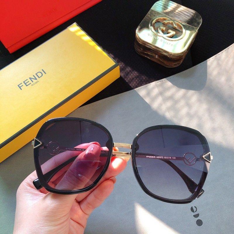عینک آفتابی زنانه فندی مدل FF0536/S -  - 8