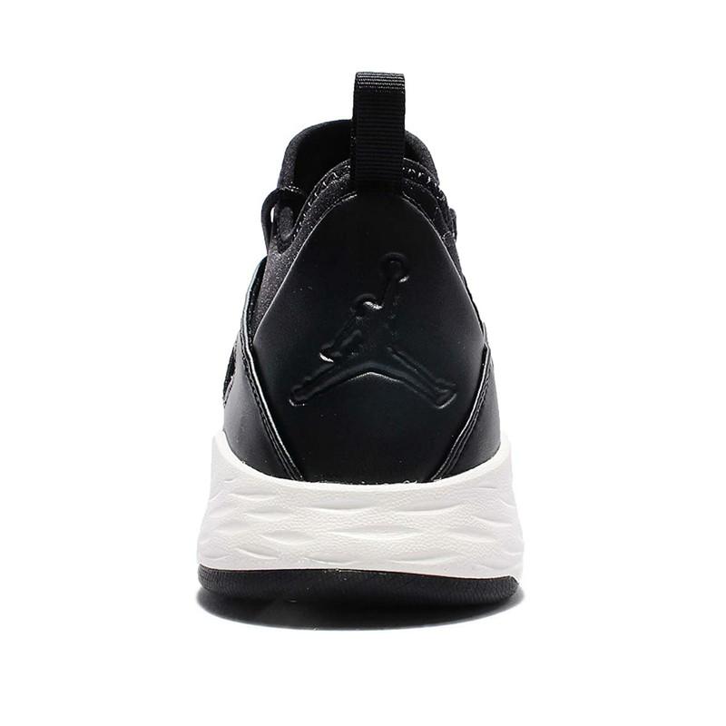 کفش بسکتبال مردانه جردن مدل FORMULA 23