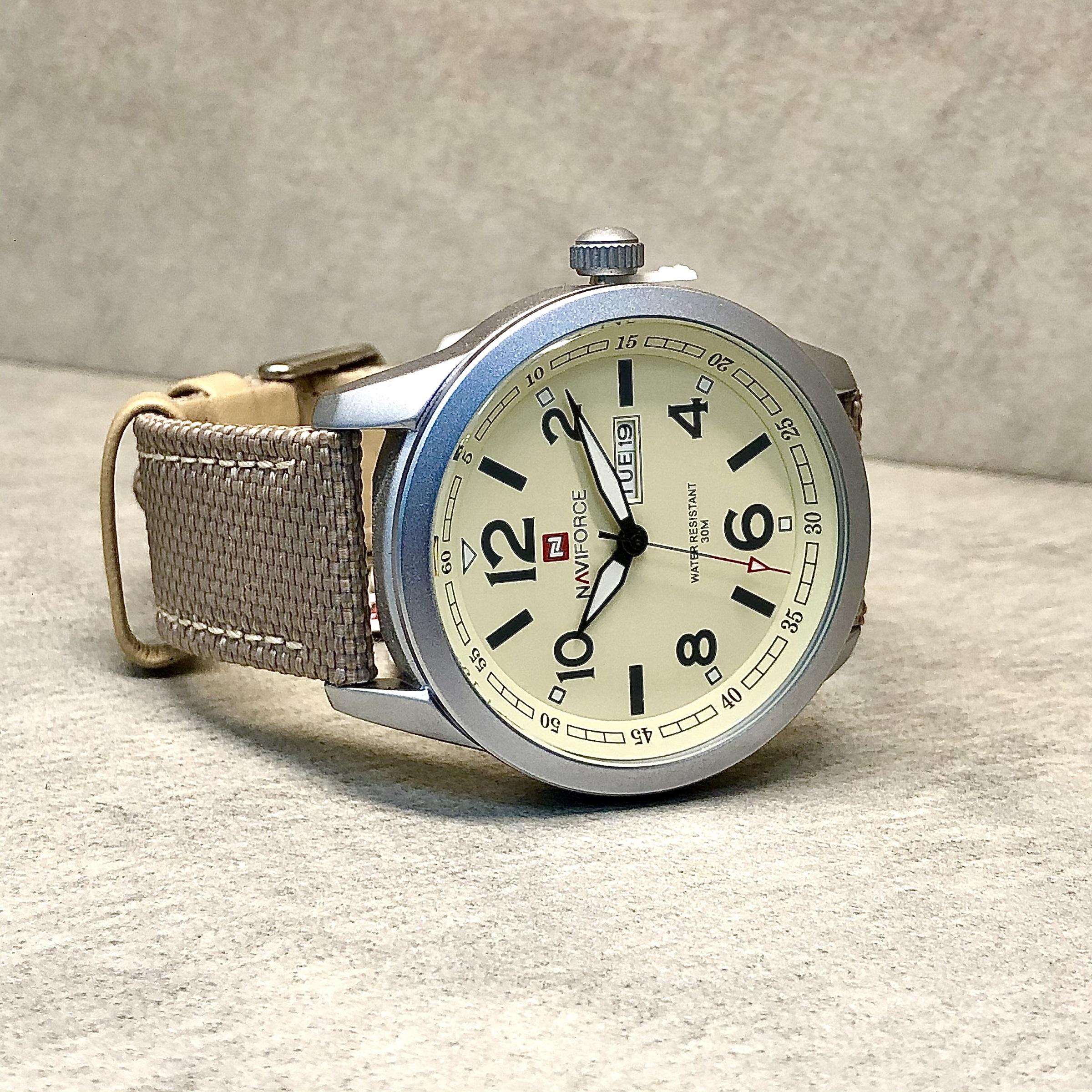 ساعت مچی عقربهای مردانه نیوی فورس مدل NF9101MW