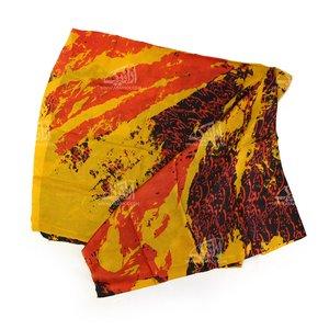 روسری ابریشمی باتیک قواره بزرگ رنگارنگ طرح نسیم مدل 1213100008