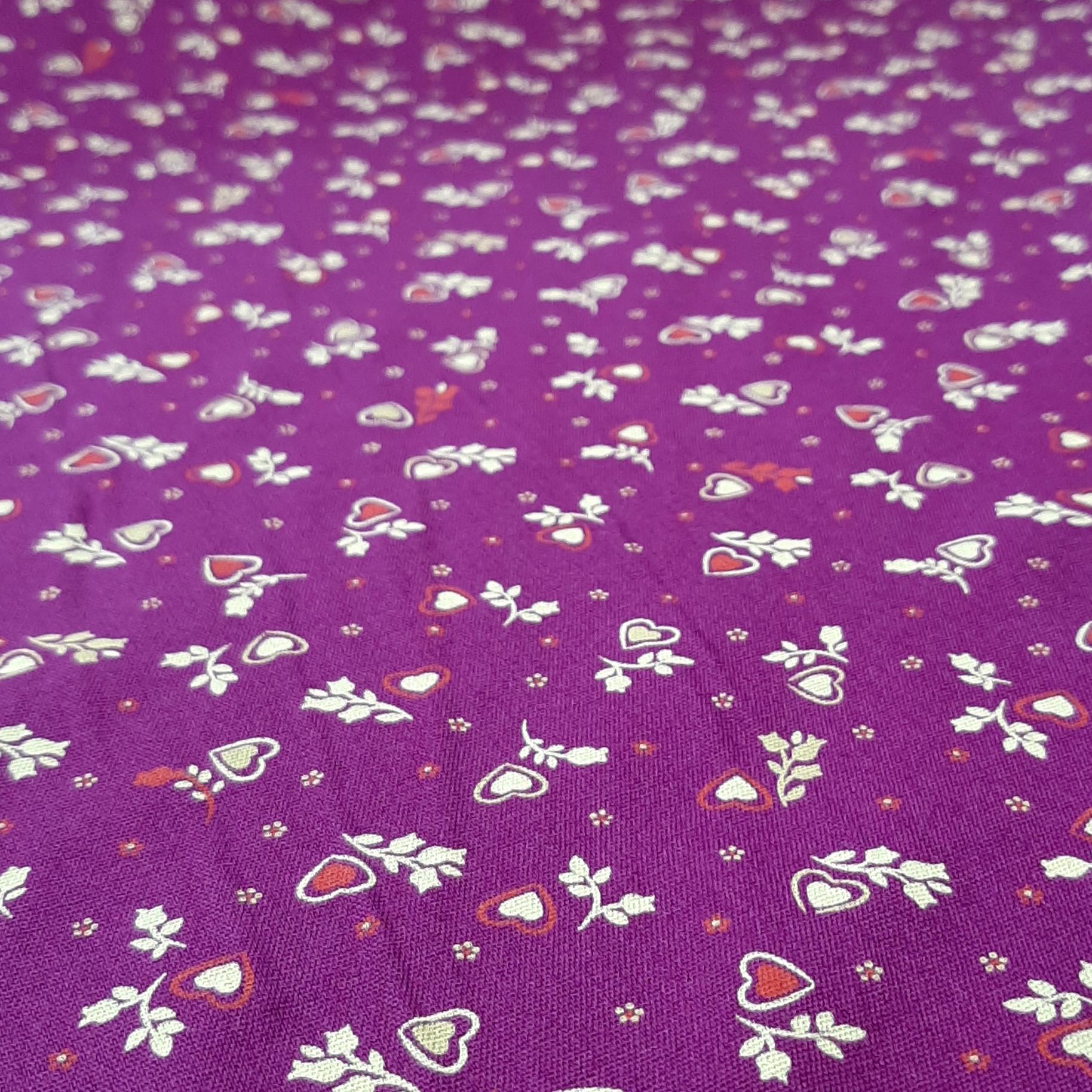 خرید                      پارچه لباس طرح ریز گل کد ۵۲۷