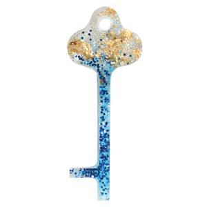 آویز گردنبند زنانه مدل رویال طرح کلید