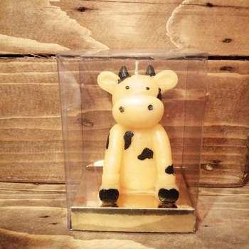 شمع مدل گاو نماد سال 1400