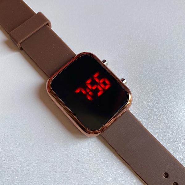 ساعت مچی دیجیتال مدل bw1
