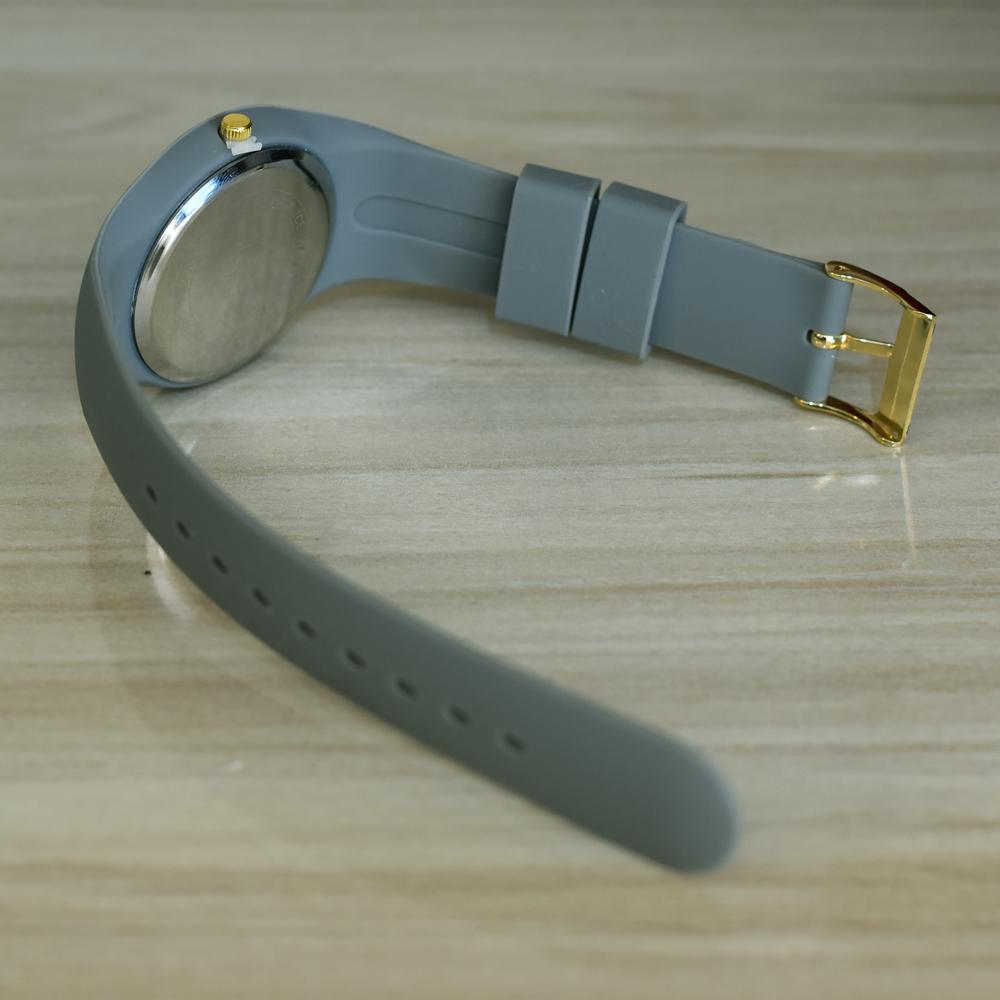 ساعت مچی عقربه ای مدل i-200-tu                     غیر اصل