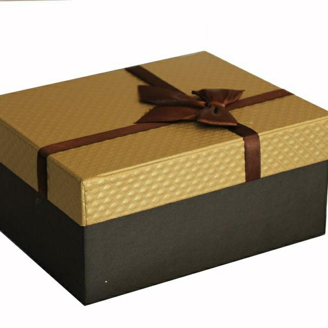 خرید                      جعبه هدیه کد A15