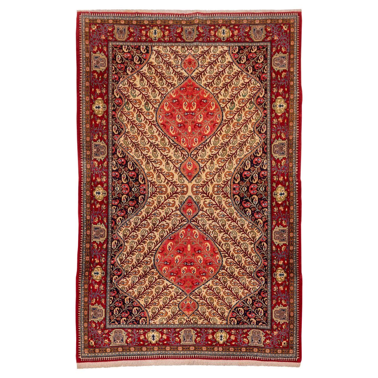 فرش دستباف قدیمی دو و نیم متری سی پرشیا کد 181015
