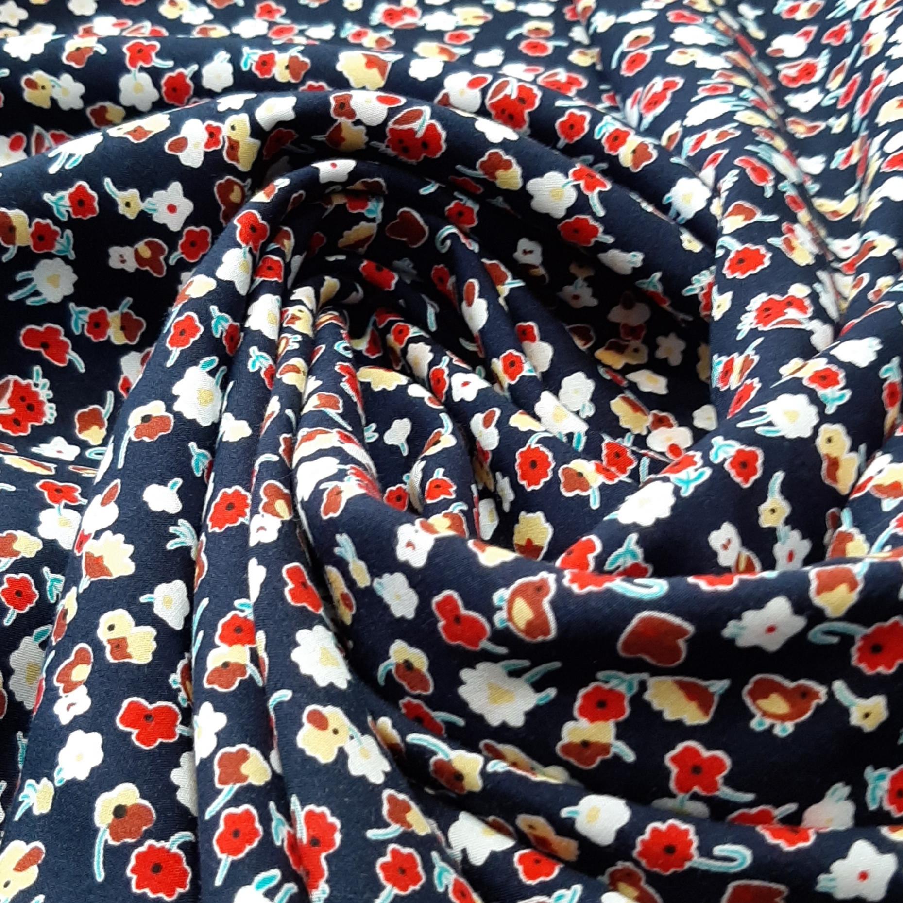 خرید                      پارچه لباس طرح ریز گل کد ۰۶۶