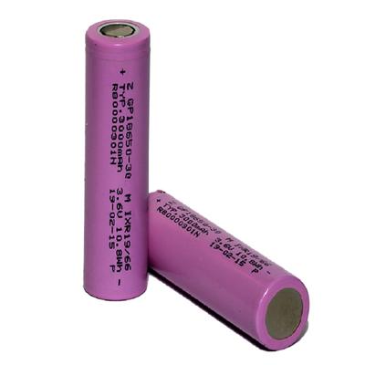 باتری لیتیوم یون قابل شارژ جی پی مدل 30M-18650 ظرفیت 3000 میلی آمپر ساعت