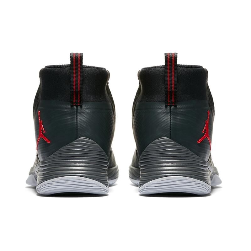 کفش بسکتبال مردانه جردن مدل ULTRA FLY 2