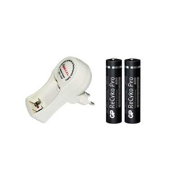 شارژر باتری دیجیتال سی.اف.ال مدل DET-105P به همراه بسته 2 عددی باتری نیم قلمی شارژی GP 800mAh