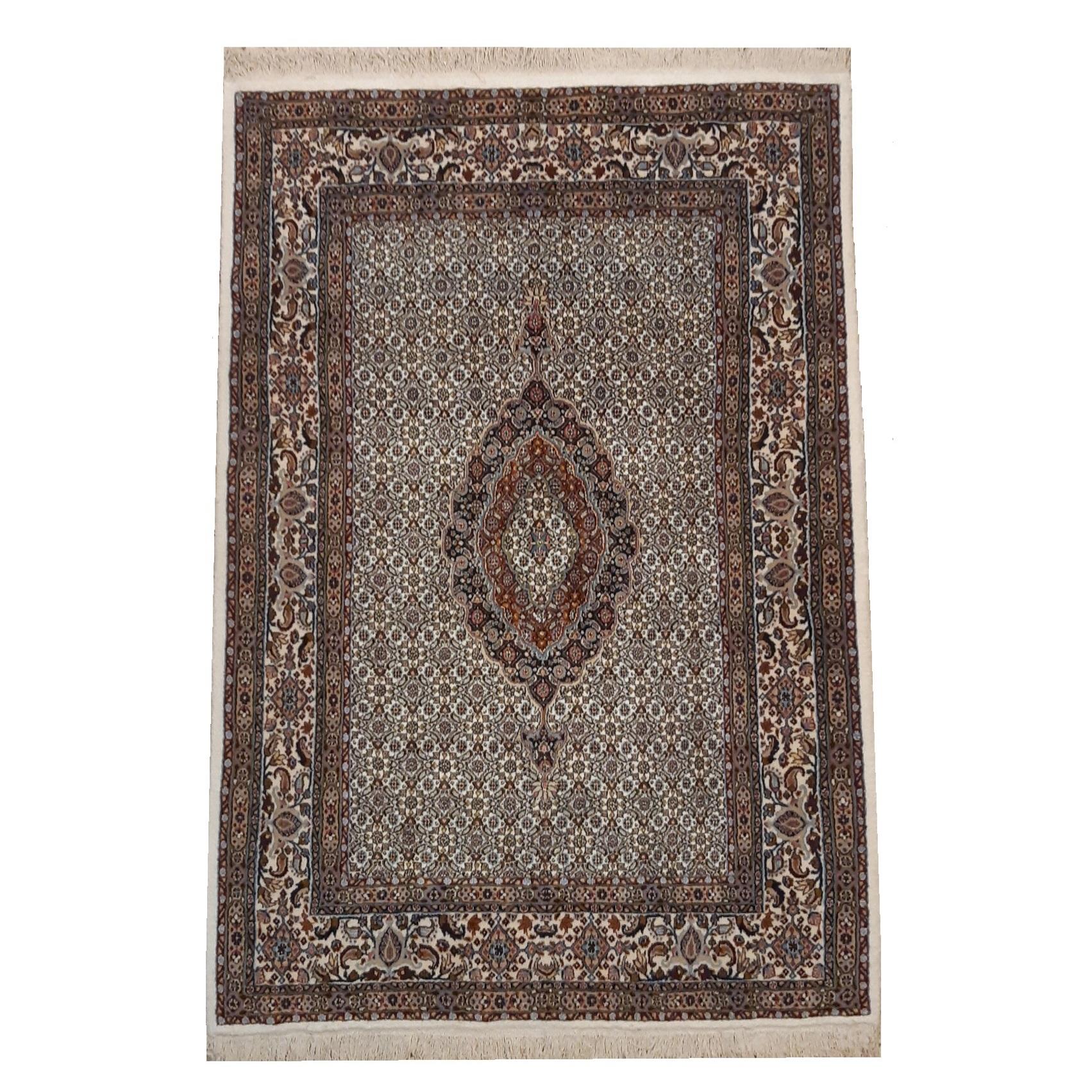 فرش دستبافت سه متری طرح ماهی ترنج کد 1110