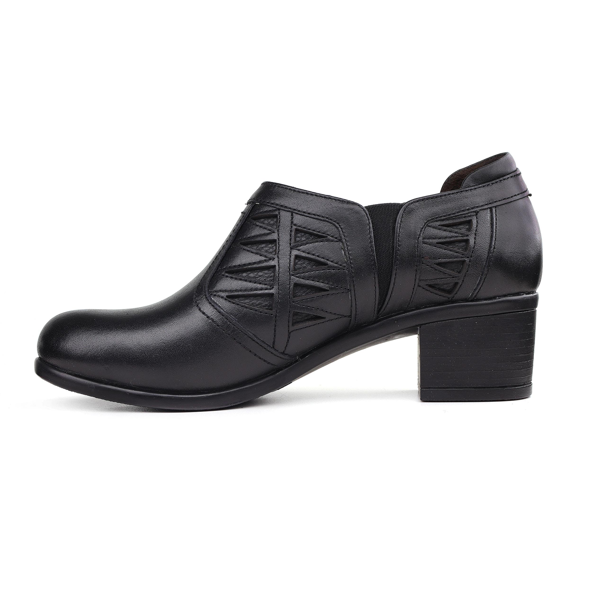 خرید                      کفش زنانه روشن کد Z01