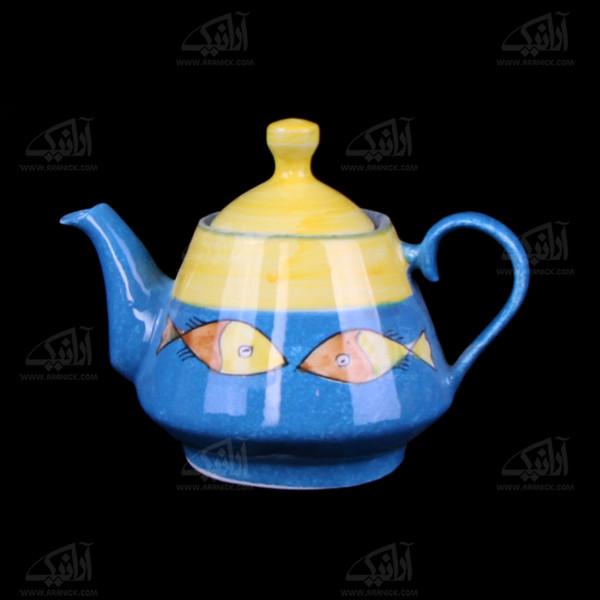 قوری سفالی نقاشی زیر لعابی  رنگارنگ طرح ماهی مدل 1006500007