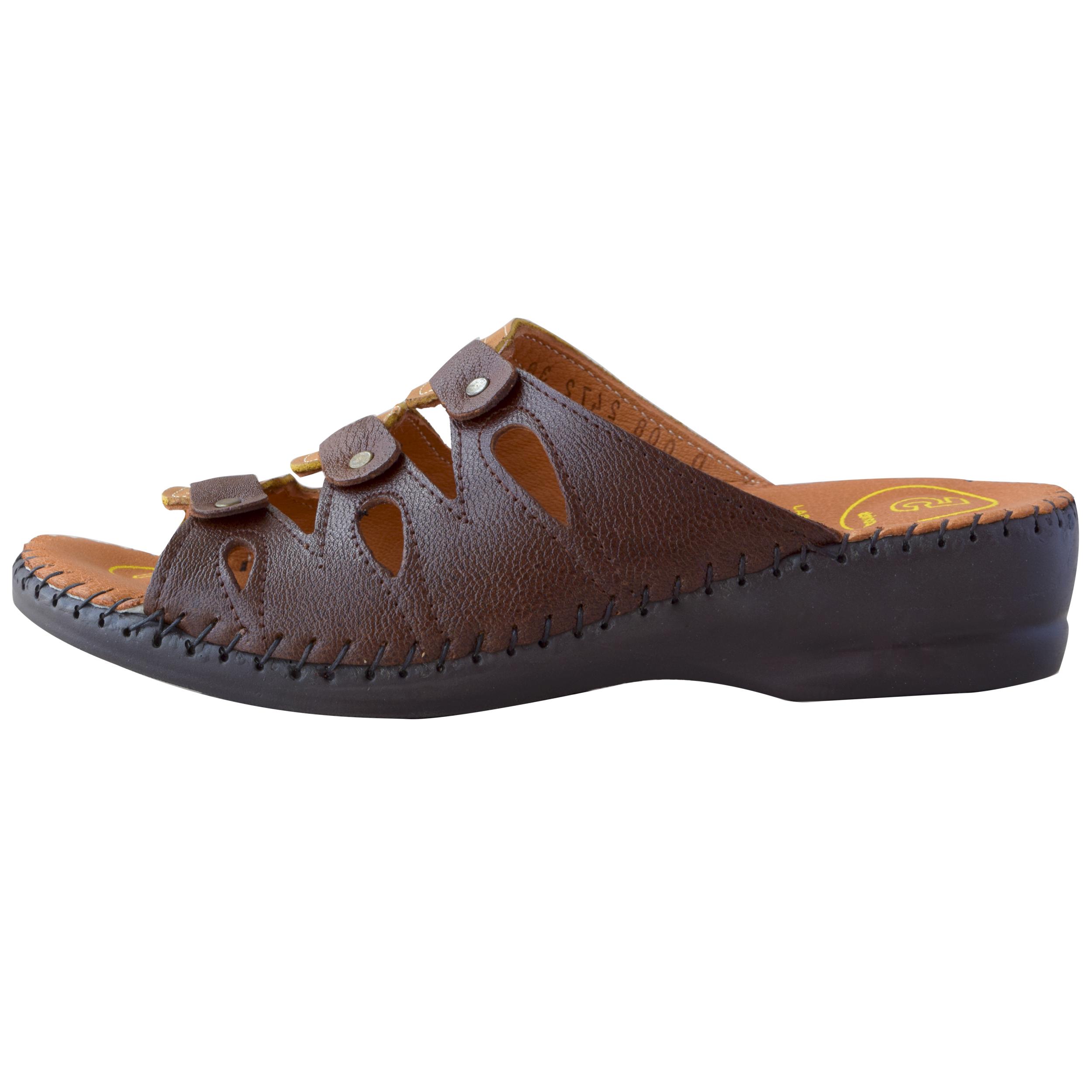 دمپایی زنانه کفش آداک کد 103 رنگ قهوه ای