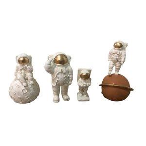 مجسمه مدل فضانورد مجموعه 4 عددی