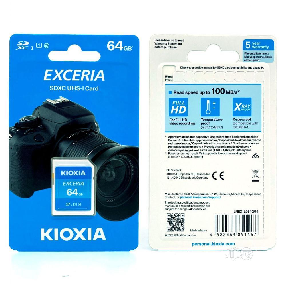 کارت حافظه SDXC کیوکسیا مدلEXCERIA کلاس 10 استانداردUHS-1 سرعت 100mb/s ظرفیت 64 گیگابایت