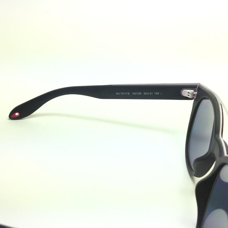 عینک آفتابی ژیوانشی مدل GV 7017 S