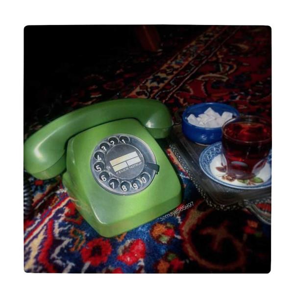 کاشی کارنیلا طرح تلفن قدیمی و سینی چایی کد wk4547