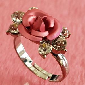 انگشتر دخترانه مدل گل رز کد pp77
