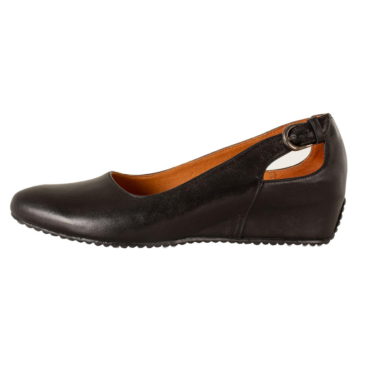 کفش روزمره زنانه پارینه چرم مدل SHOW30