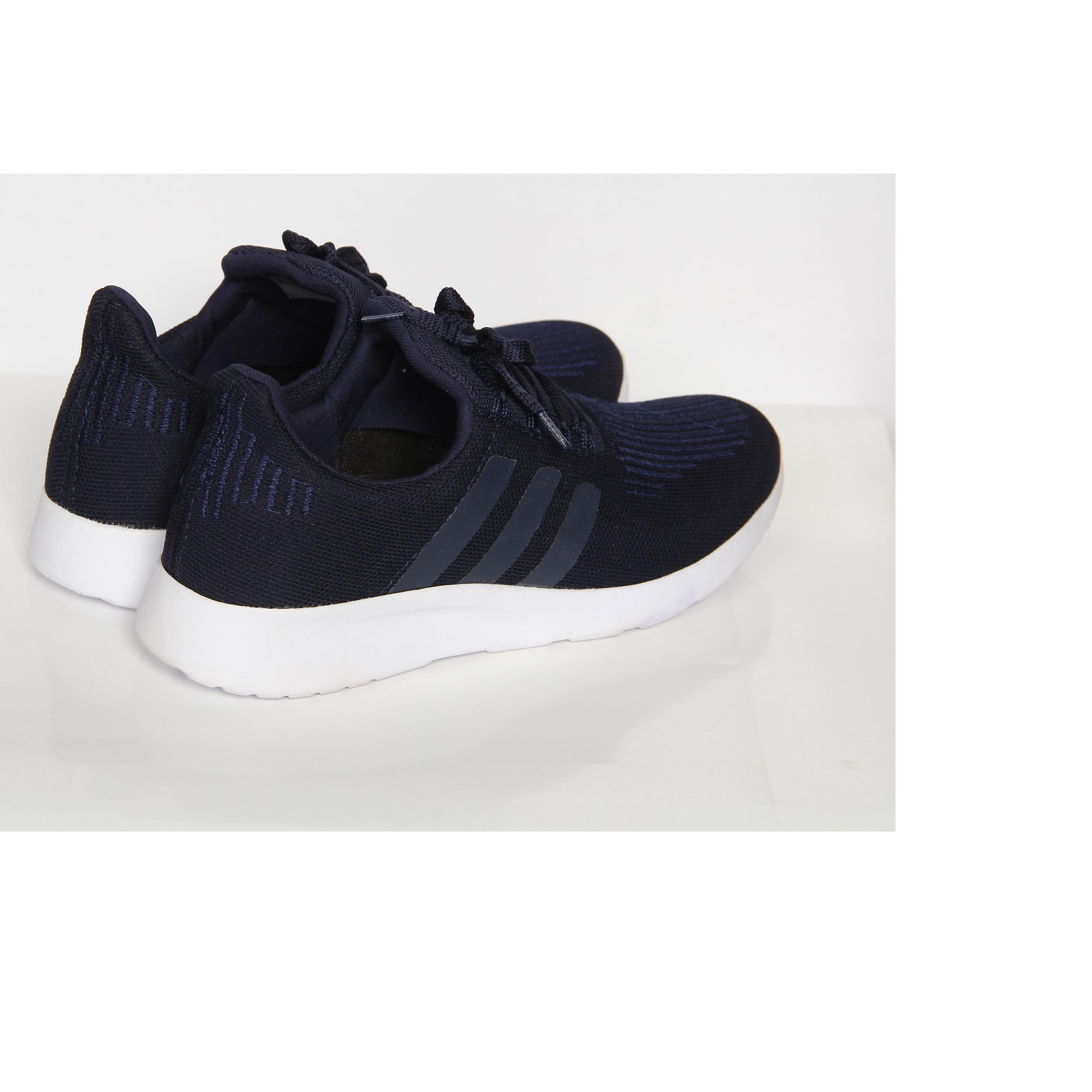 خرید                       کفش پیاده روی مدل اردین