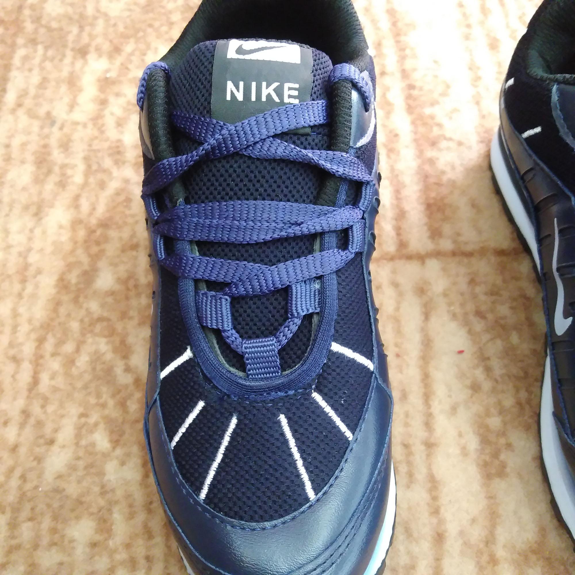 کفش ورزشی کد J76