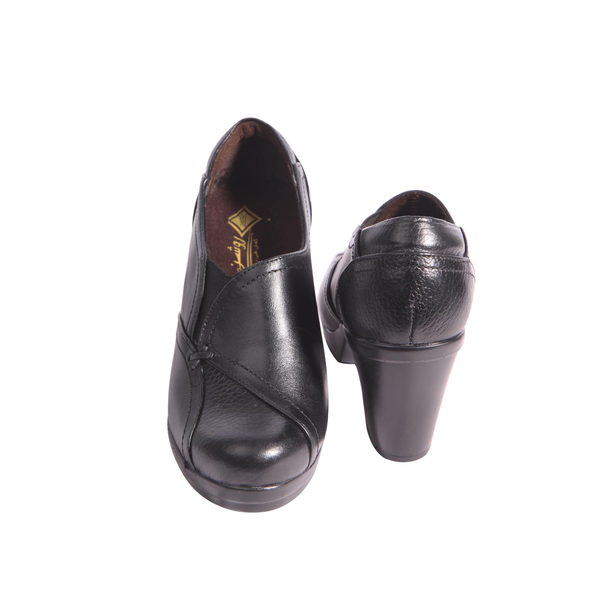 خرید                      کفش زنانه روشن مدل گلشن کد 11