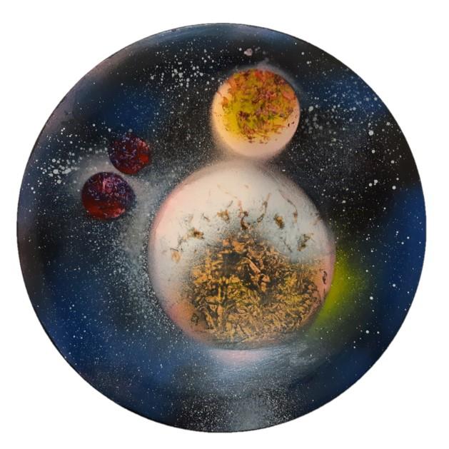 بشقاب دیوارکوب سفال مدل کهکشان سیاره کوچک