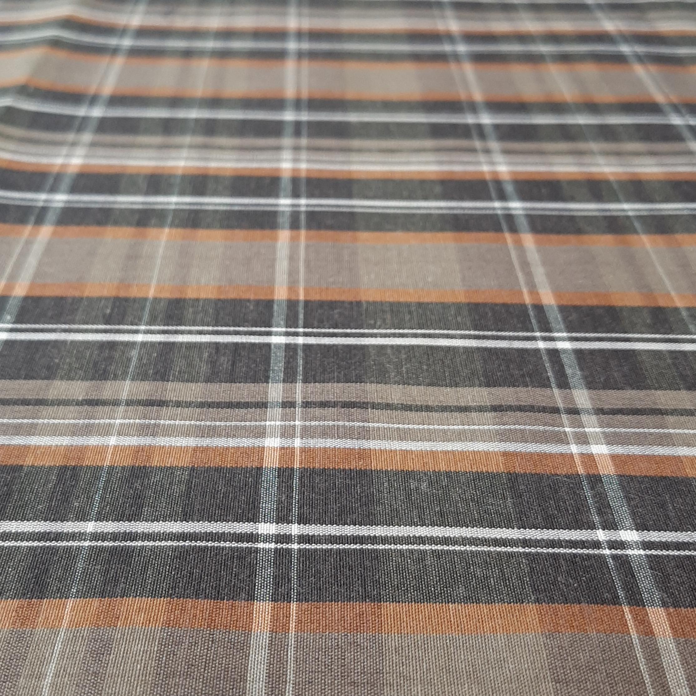 خرید                      پارچه لباس طرح چهارخانه مدل t013