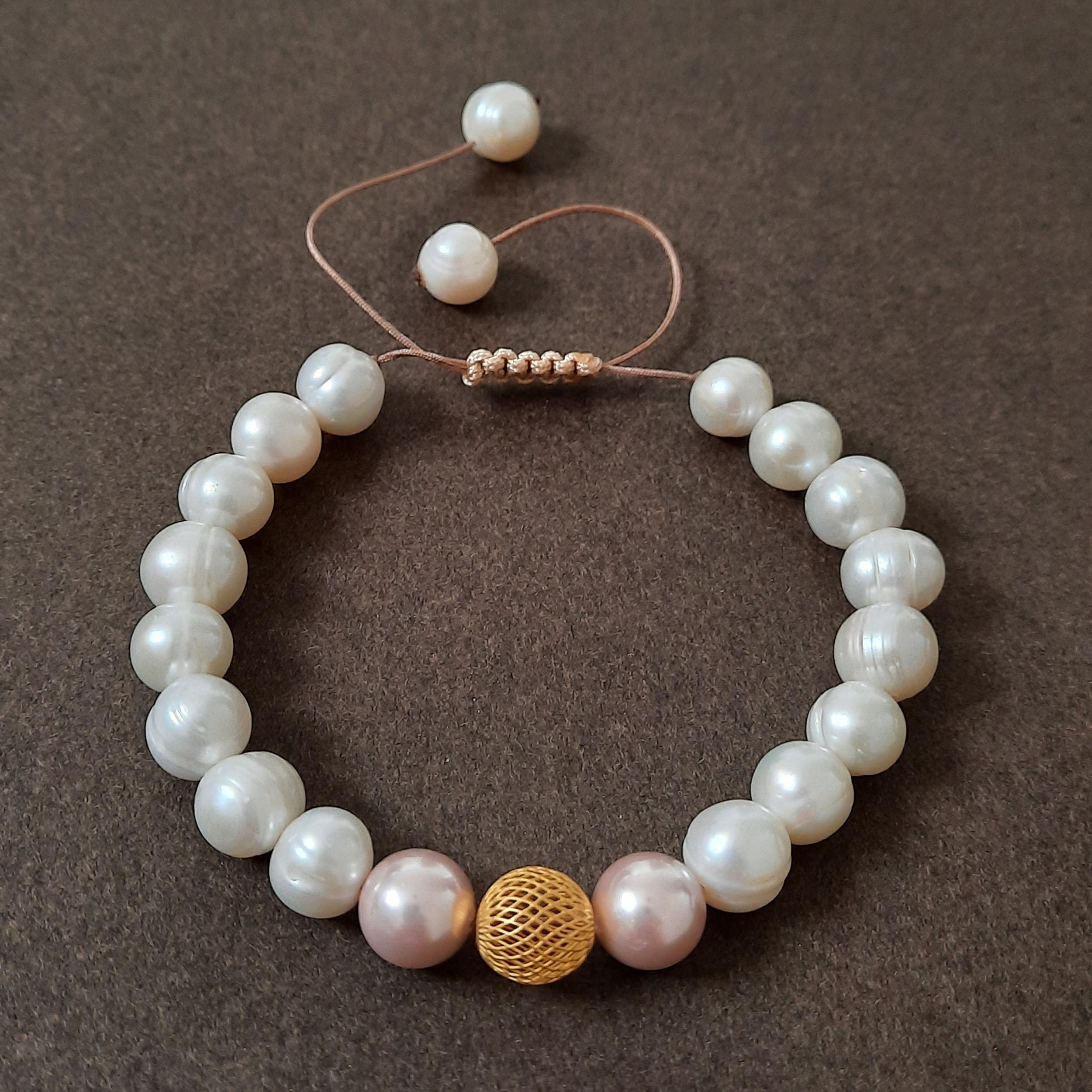 دستبند طلا 18 عیار زنانه الماسین آذر طرح گوی مدل GOY03