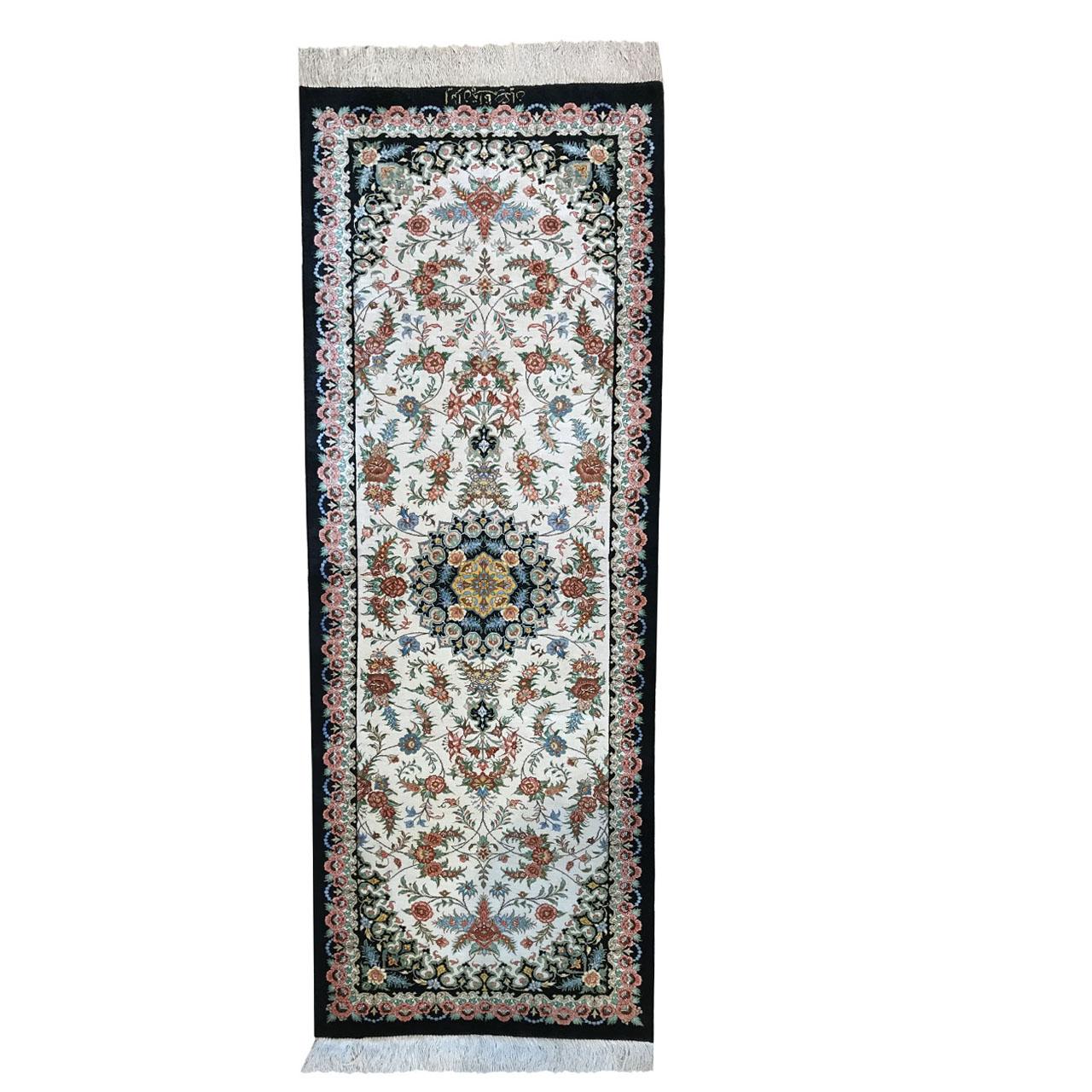 فرش دستبافت یک متری طرح ترنجی کد YMM.24