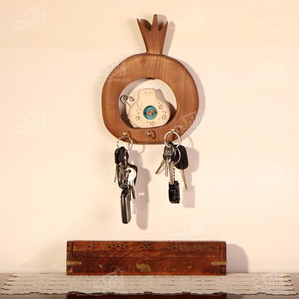کلید آویز چوبی رنگ آمیزی  رنگ قهوه ای طرح گربه مدل 1005400006