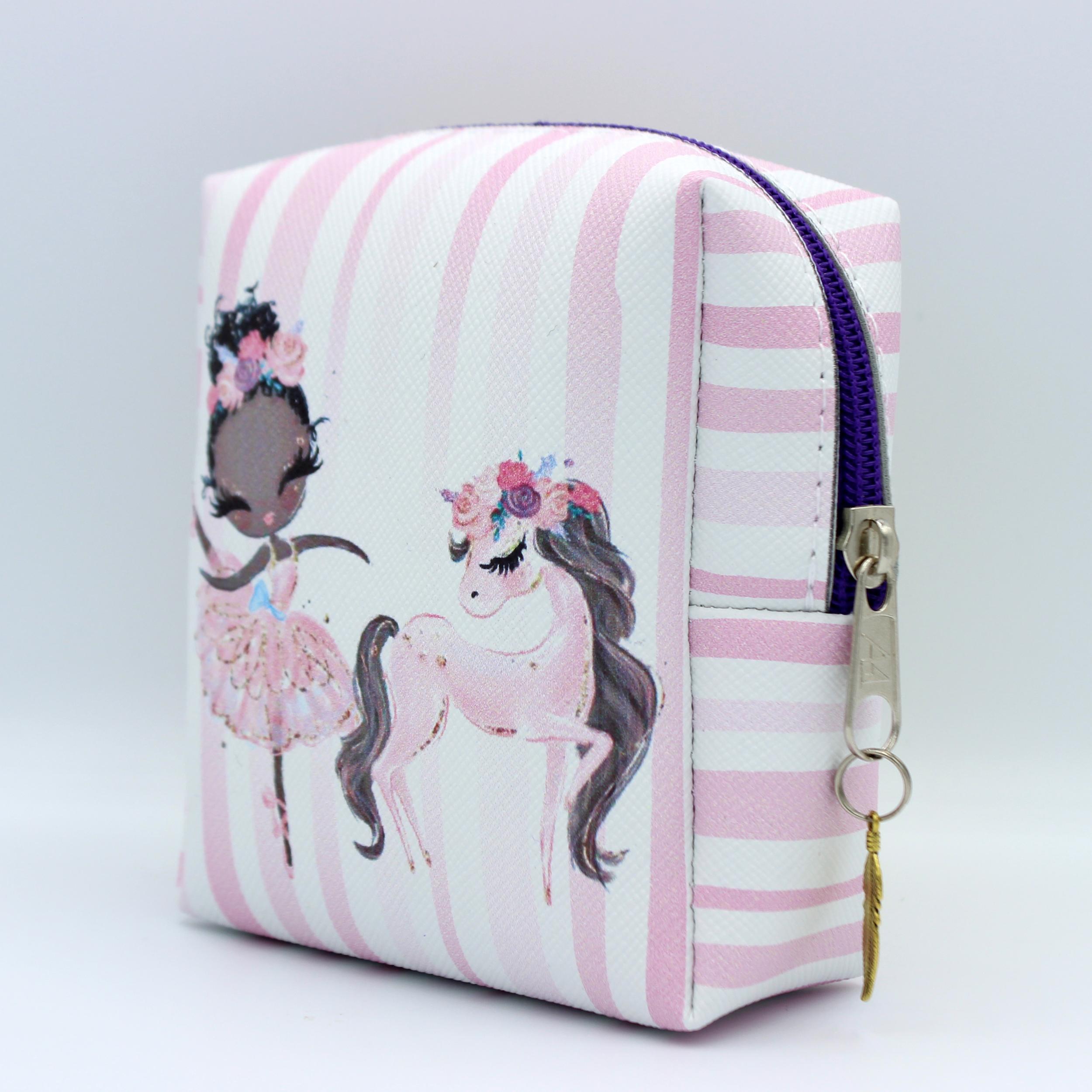کیف نوار بهداشتی طرح دختر کد A039